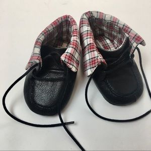 Lace up formal baby shoes